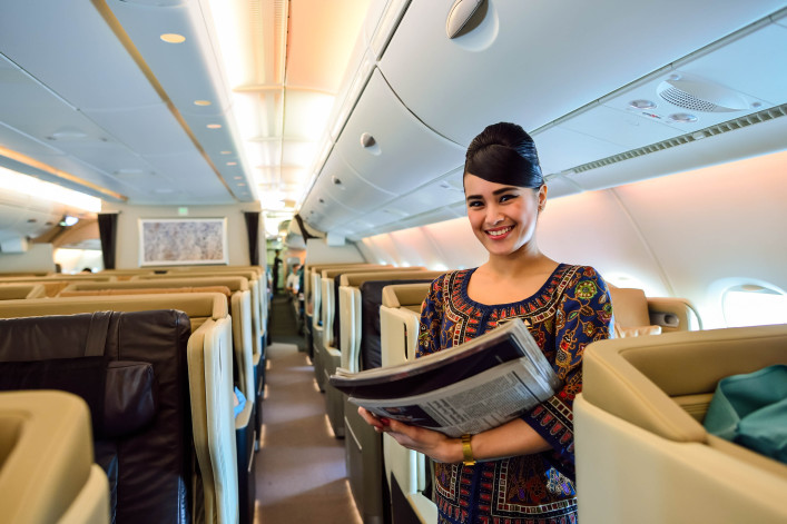 Singapore Airlines crew member on board of Airbus A380 shutterstock_346909835 EDITORIAL ONLY Sorbis-2