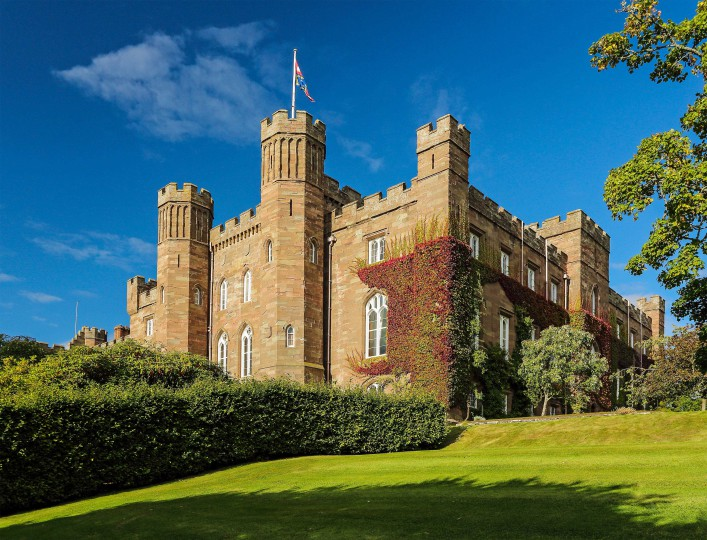 Scone Palace and garden on a sunny day Perthshire, Scotland shutterstock_154248026-2