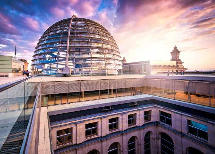 Reichstag Dom, Berlin iStock_000022856523_Large-2