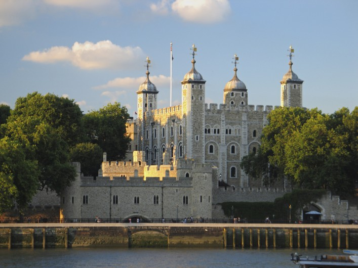 London Tower England iStock_000004615788_Large_1920