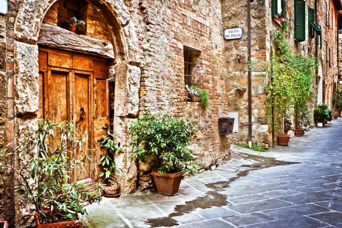 Ancient Alley with Wooden Door in Tuscan Village, Val d'Orcia  iStock_000016542374_Large-2