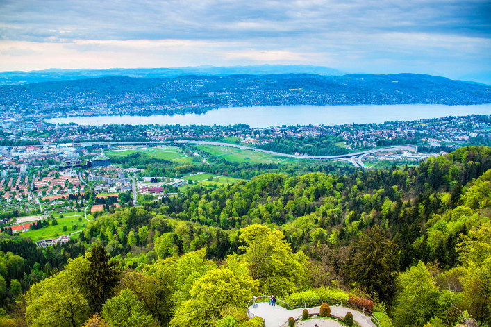 Aerial view of Zurich city and lake Zurich, Switzerland shutterstock_239774953-2
