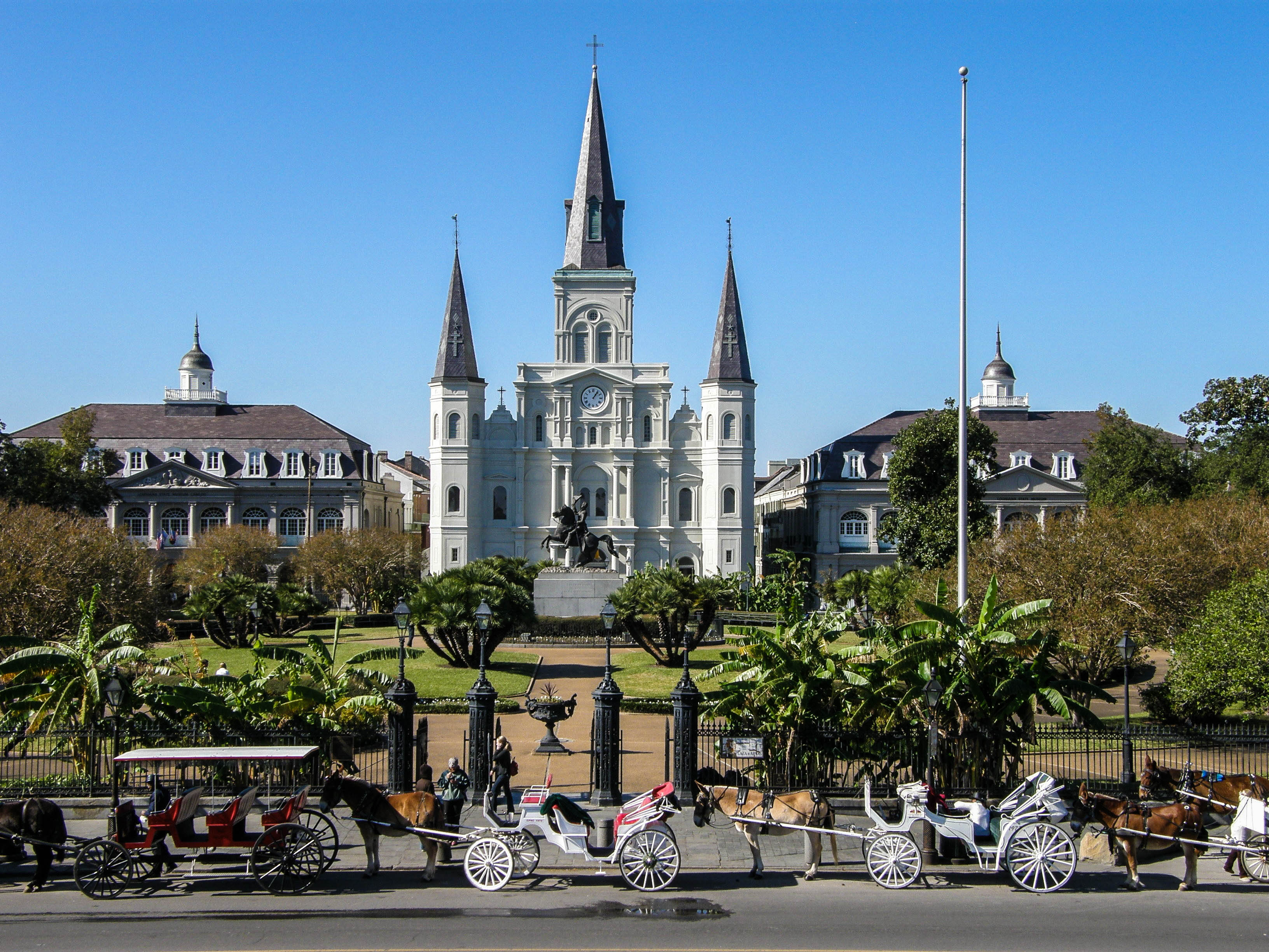 New Orleans Tipps St. Louis Cathedral French Quarter