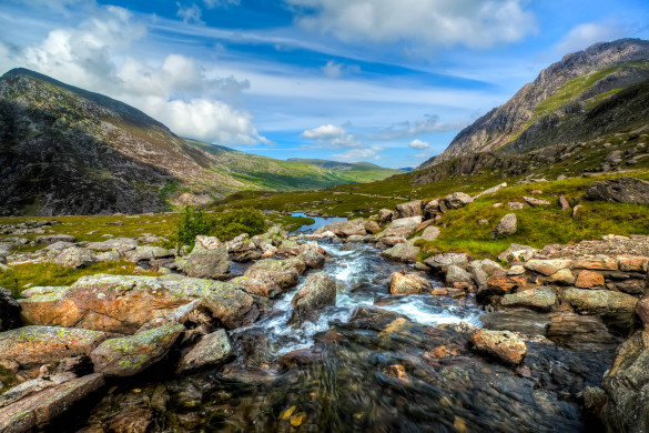 Llyn Idwal at the Cwm Idwal National Nature Reserve North Wales UK shutterstock_94936546-2
