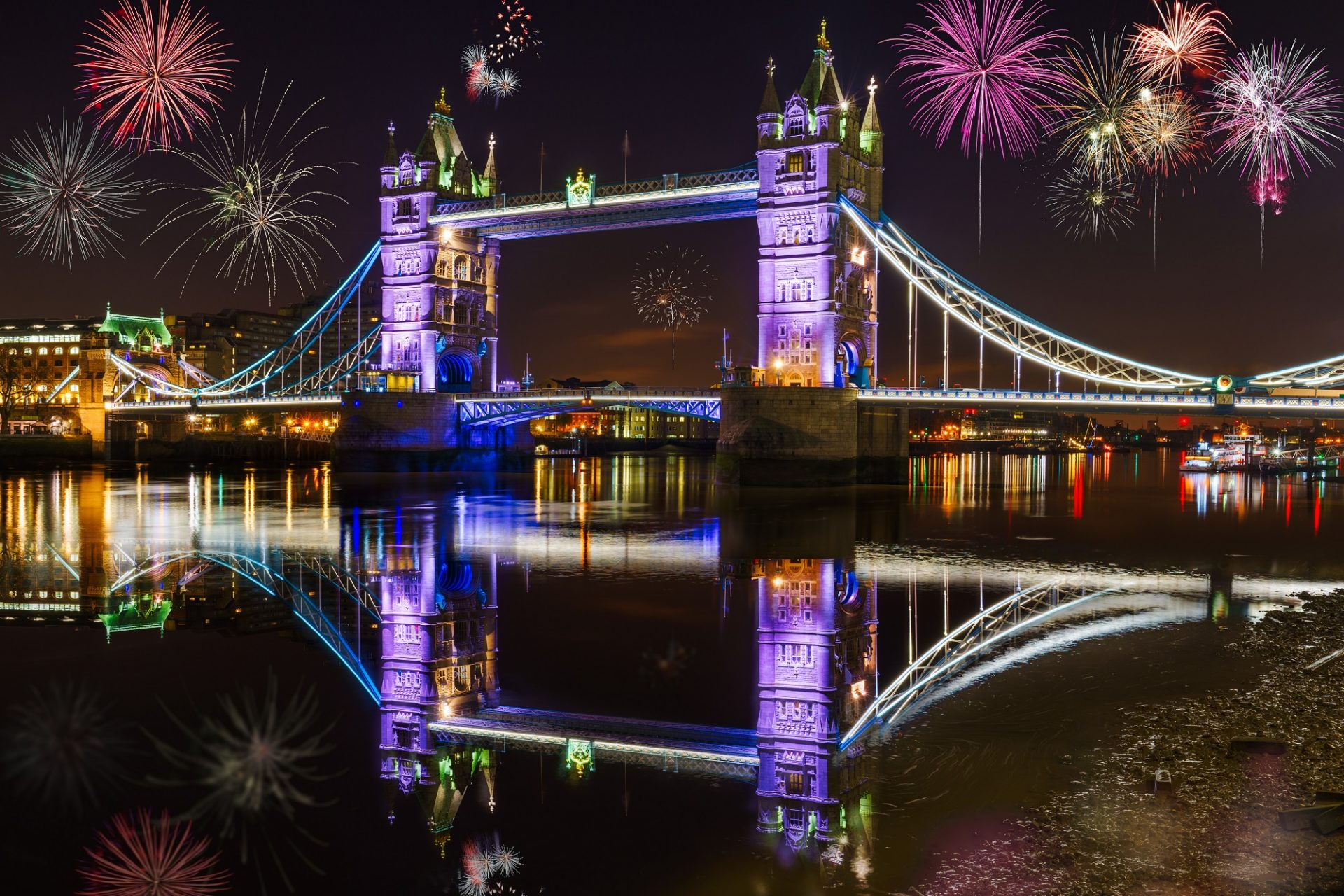 Tower Bridge an Silvester in London