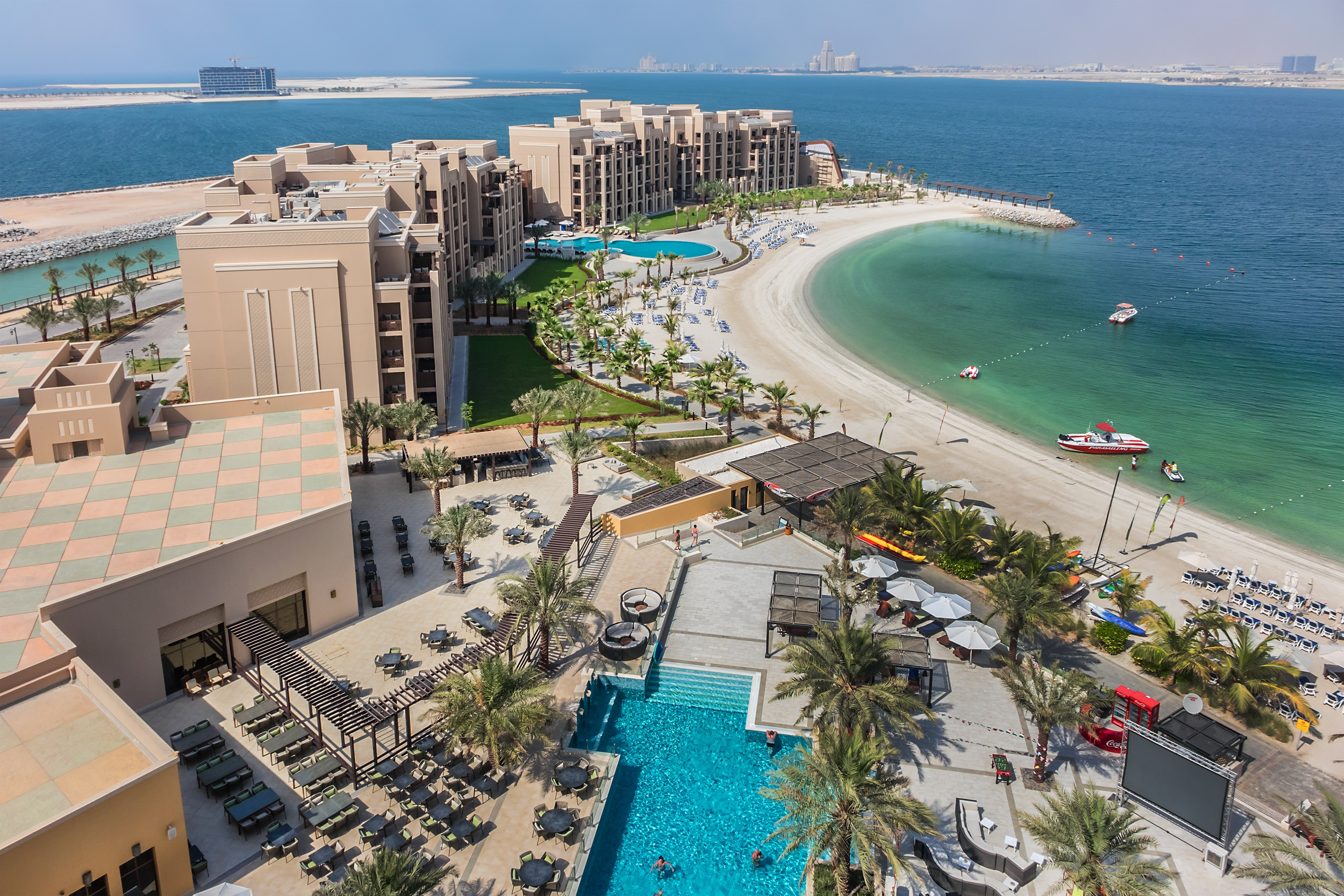 Distance From Dubai Airport To Jumeirah Beach Hotel