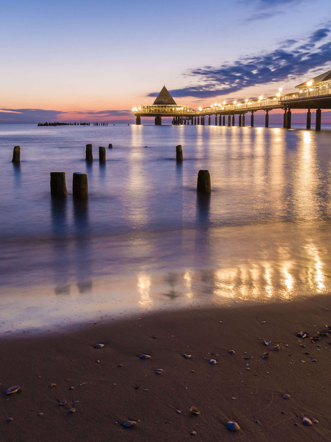 dawn at the pier of Heringsdorf, Usedom Island in Germany_shutterstock_303686135_klein