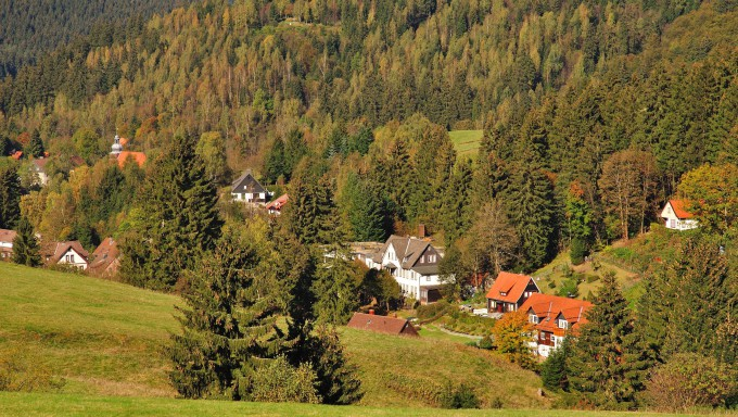 the Village of Altenau in the Harz Mountains,Germany_shutterstock_98029016_klein