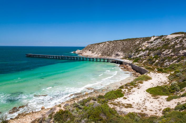 Stenhouse Bay Innes National Park, South Australia shutterstock_186395141-2