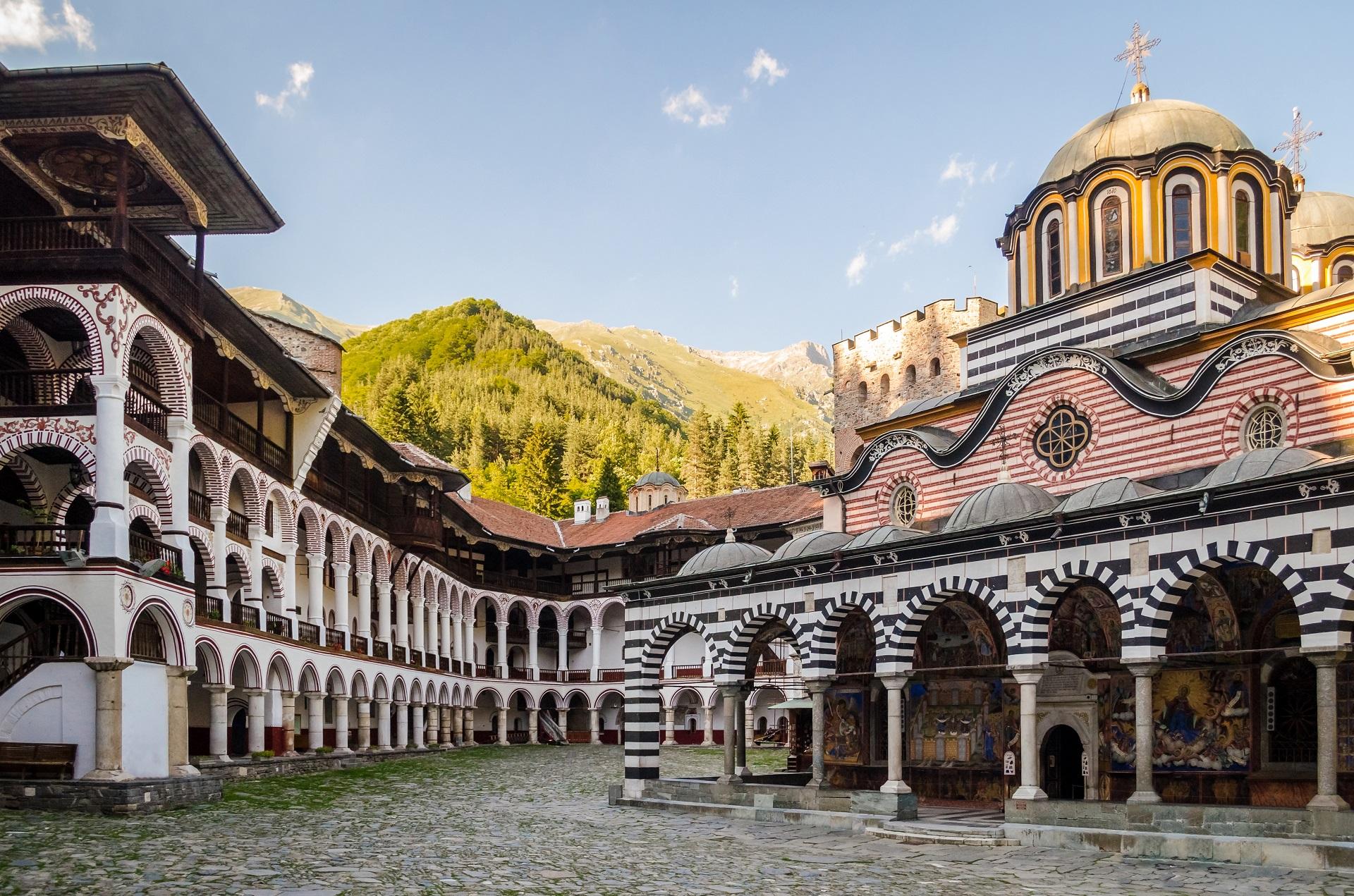 Das Rila Kloster zählt zu den schönsten Bulgarien Sehenswürdigkeiten