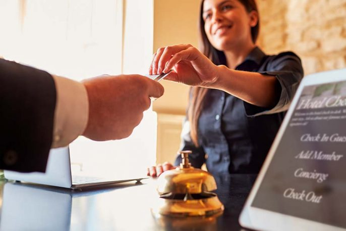 Check-in-Hotel_shutterstock_404449645