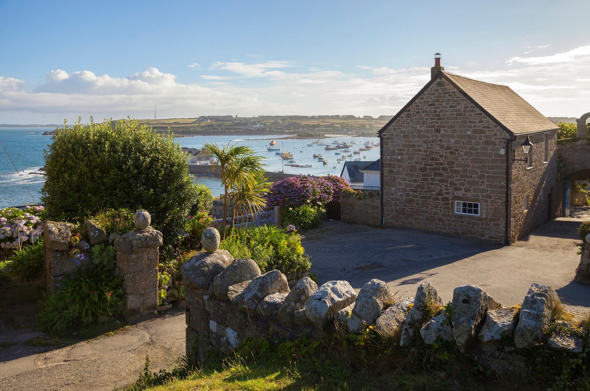 Ein Cottage auf den Scilly Islands in England