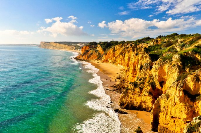 Coast-of-Lagos-with-Rocks-and-Cliffs-iStock_000045338764_Large-2
