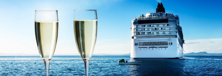 champaign-Glasses-and-cruise-ship-shutterstock_162213275-2-1