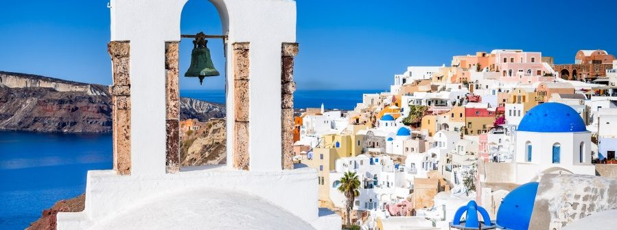 Oia-Santorini-Greece.-Famous-attraction-of-white-village-with-cobbled-streets-Greek-Cyclades-Islands-Aegean-Sea-shutterstock_722921995_900x600