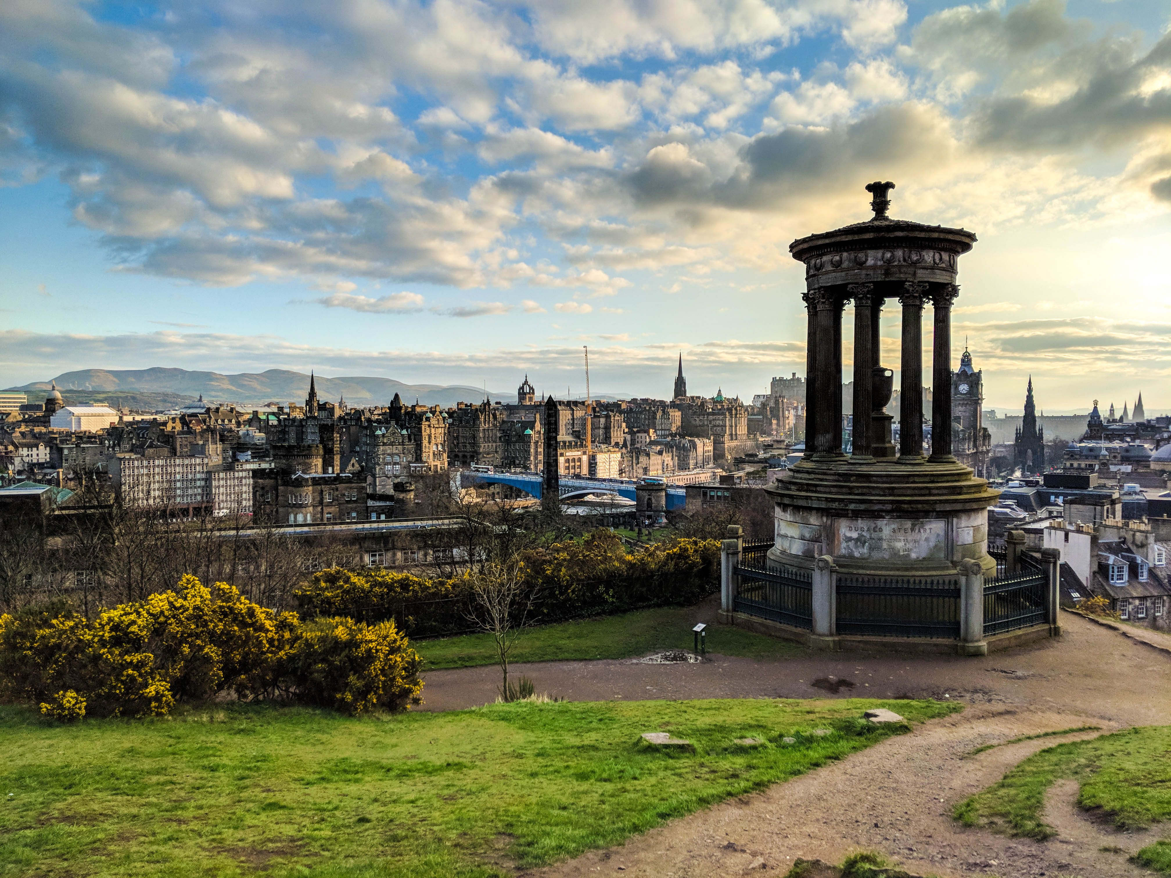 Ausblicke am Calton Hill in Edimburgh