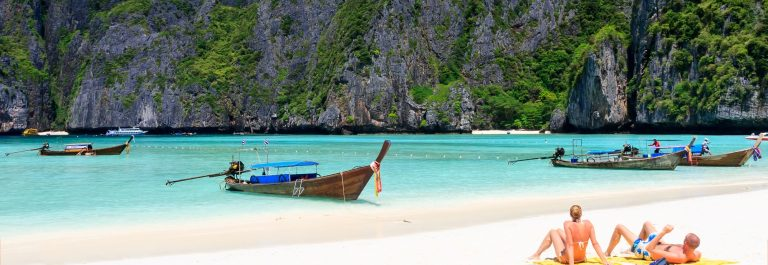 Wood plank on Maya bay, Phi-Phi island, Krabi Thailand._559726000