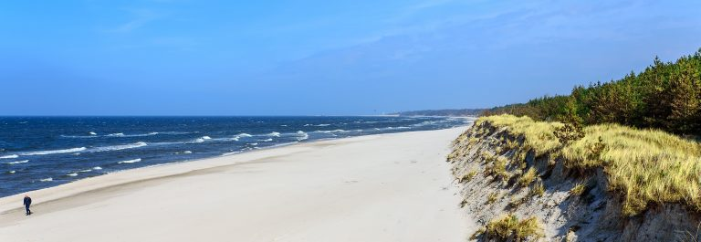 Beach-Grzybowo-dune-Baltic-Sea-West-Pomerania-Nature-shutterstock_631316492