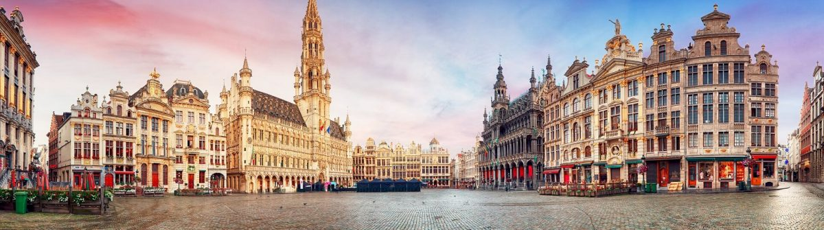 Brussels-Grand-Place-in-beautiful-summer-sunrise-Belgium-shutterstock_705616963