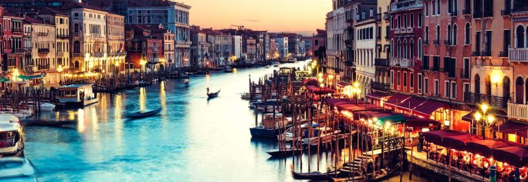 NL-Grand-Canal-Venice-iStock_000019737739_Large-2