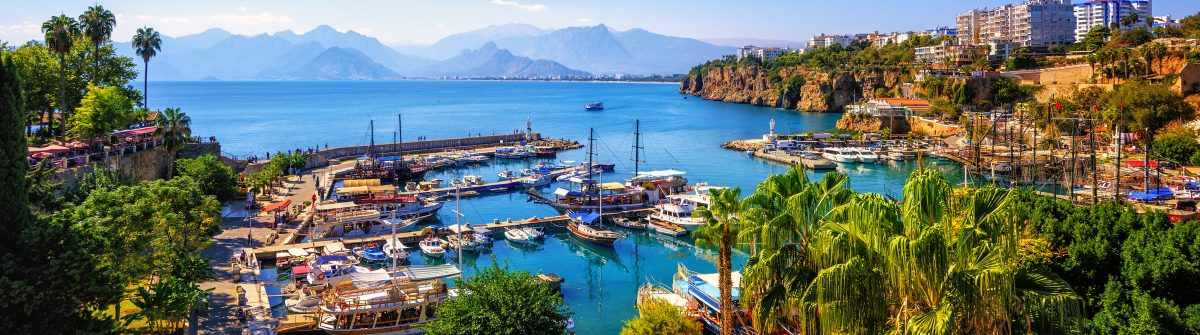 Panoramic-view-of-Antalya-Old-Town-port-shutterstock_759721363