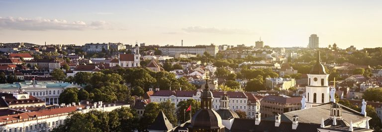 Vilnius-Old-Town-iStock_000025877321_Large-Copy