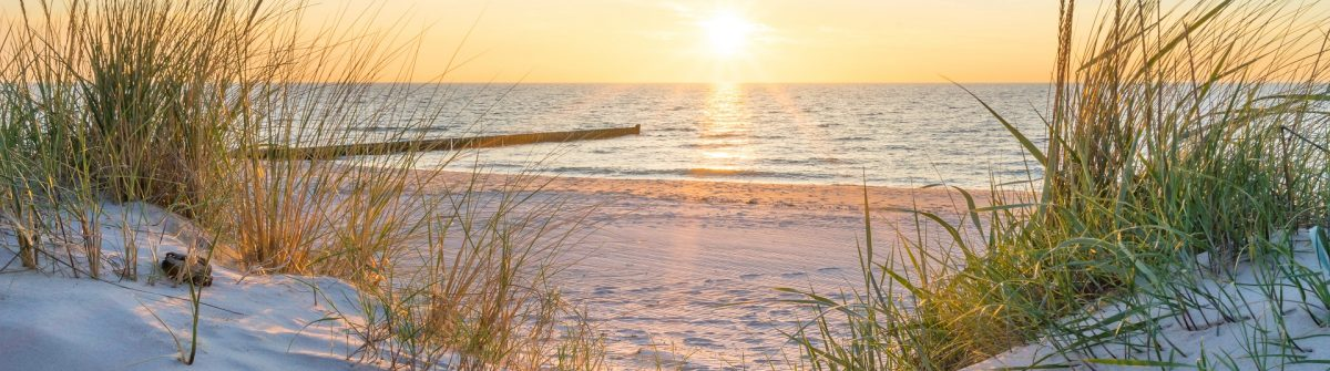 Sunset-at-the-Baltic-Sea-Beach-shutterstock_788833822