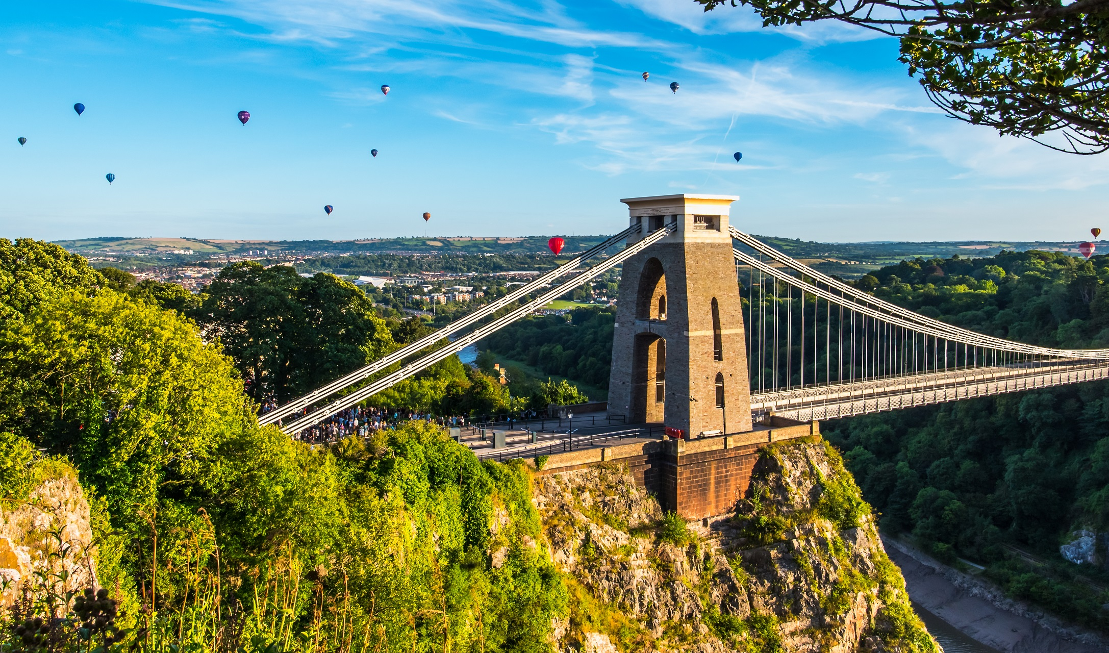 Balloon Festival in Bristol - Blick auf die Clifton Suspension Bridge.
