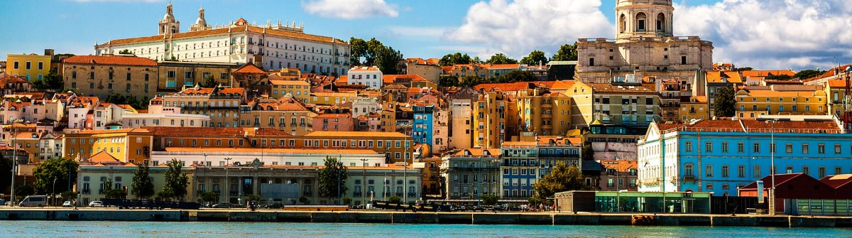 Beautiful-view-of-Lisbon-from-the-Tagus-River-Portugal-iStock_000086417211_Large-2