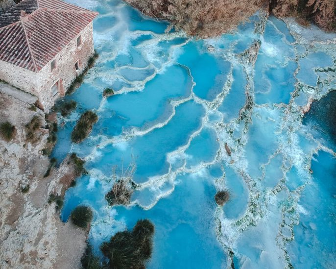 Saturnia-therme_shutterstock_1299254734-1-1