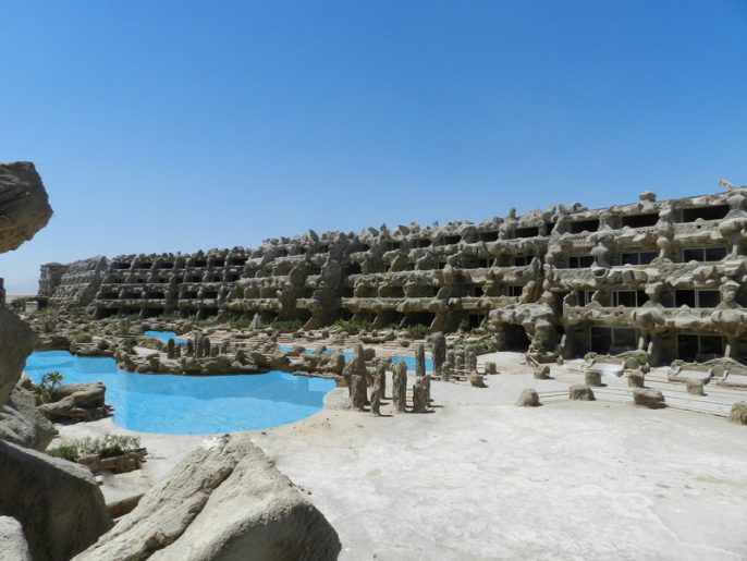 UG_IBE_CAVES-BEACH-RESORT_hurghada-2