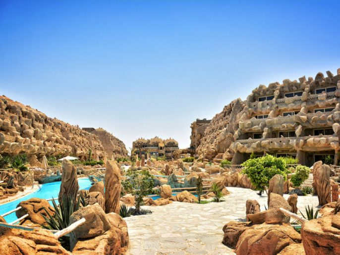 UG_IBE_CAVES-BEACH-RESORT_hurghada