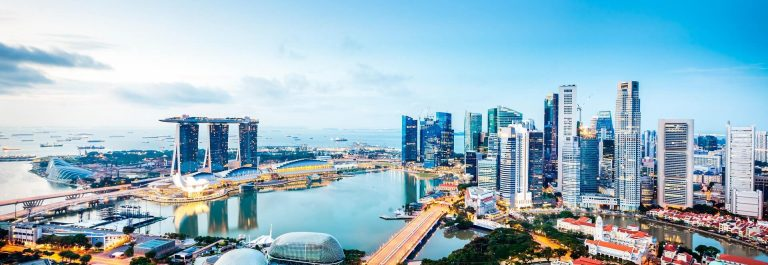 Central-Business-District-Singapore-City-iStock_19034670_XLARGE-2