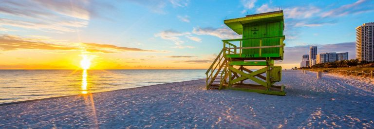 Famous Miami South Beach sunrise with lifeguard tower