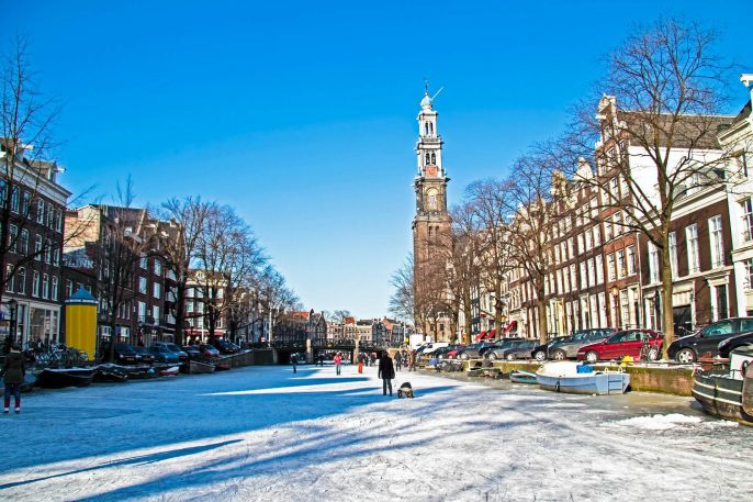 Winter-in-Amsterdam-the-Netherlands-iStock_21856789_LARGE-2