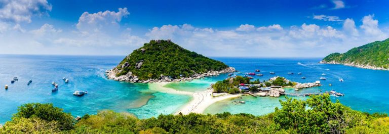 A beautiful Island located in Gulf of Thailand.