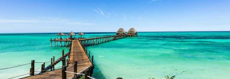 Jetty-Lounge-Bar-on-Zanzibar-iStock-643625326-11-1