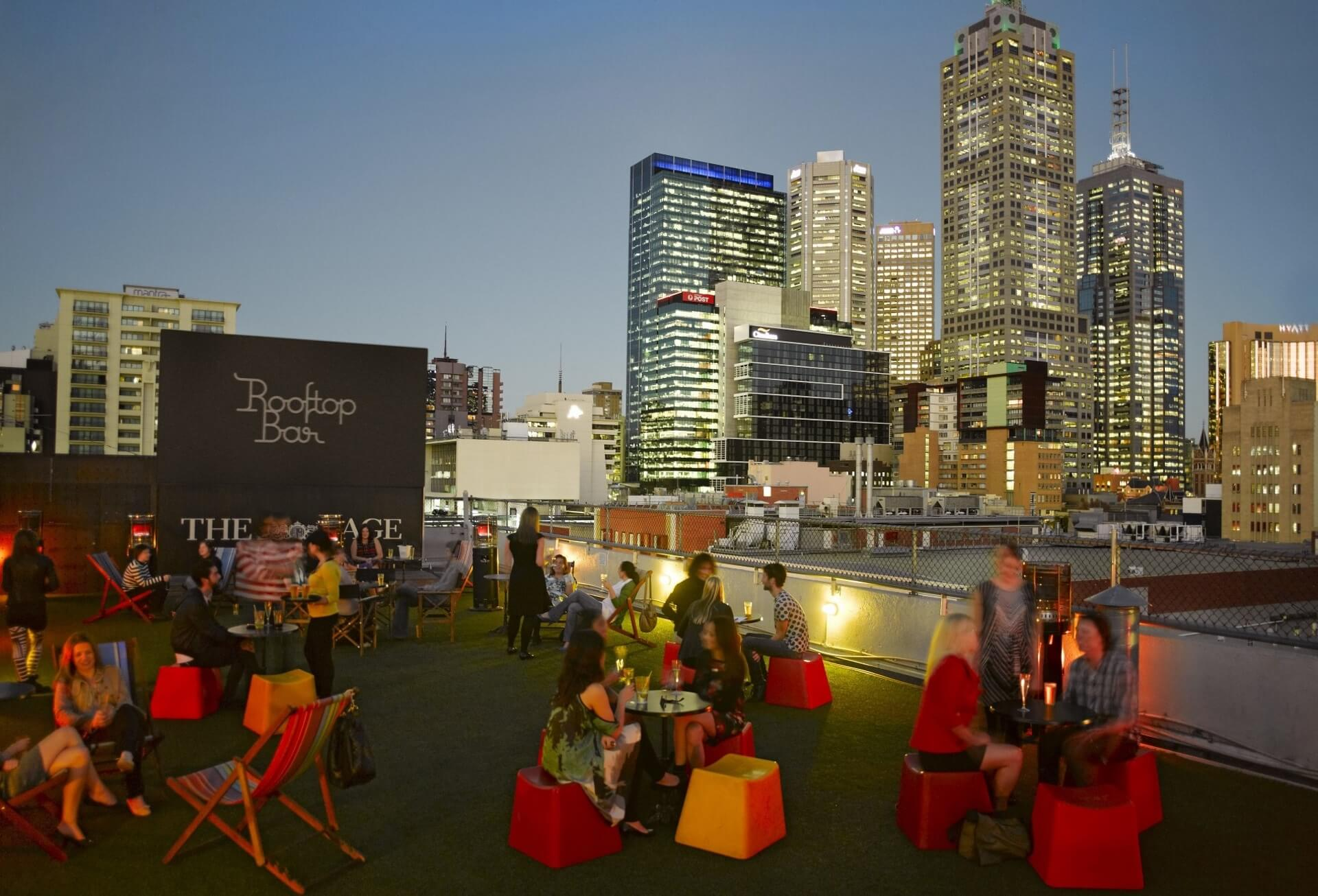 Rooftop-Bar Curtin House Melbourne