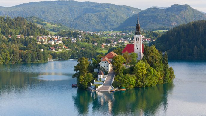 Island-with-church-in-the-middle-of-the-lake-of-Bled-Slovenia_shutterstock_197901092-2-2